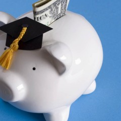 Get Some Free Money (For College!) Scholarships Available Now